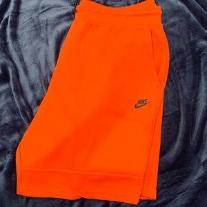 Men's Nike Tech Shorts